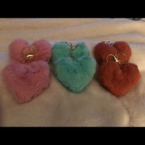 Fuzzy heart 🔑 chains